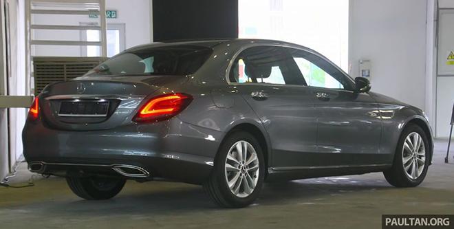 Mercedes-Benz C180 sắp ra mắt thị trường Việt Nam, giá bán dự kiến 1,3 tỷ đồng - 9
