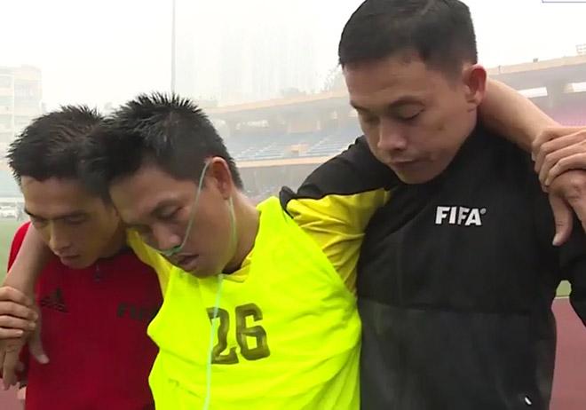 """V-League """"báo động đỏ"""" về trọng tài cấp FIFA, chưa áp dụng VAR"""