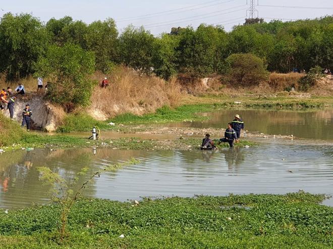 Hai thiếu nữ tử vong dưới hồ nước