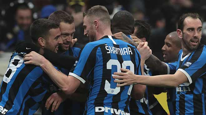 Nghẹt thở vô địch Serie A: Inter – Juventus bằng điểm, vẫn có thể mất ngôi