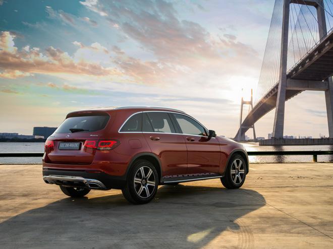 Mercedes-Benz GLC 200 và GLC 200 4matic mới ra mắt thị trường Việt - 6