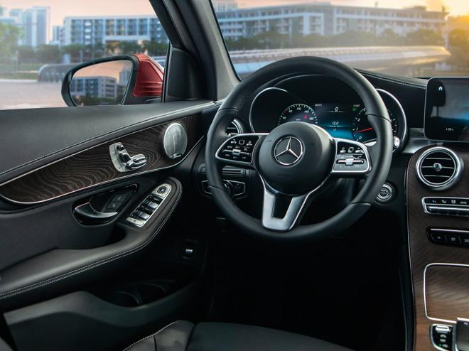 Mercedes-Benz GLC 200 và GLC 200 4matic mới ra mắt thị trường Việt - 13