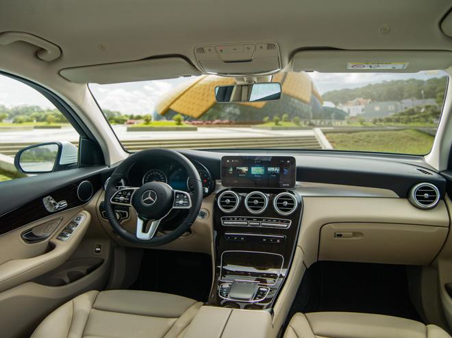 Mercedes-Benz GLC 200 và GLC 200 4matic mới ra mắt thị trường Việt - 12