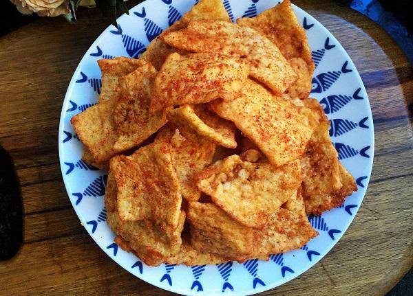 Tận dụng cơm nguội dư, tôi làm món snack giòn rụm càng ăn càng mê - 6