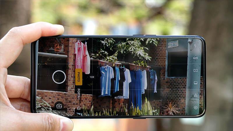 """Đây là 4 smartphone cao cấp nhưng giá đã xuống mức """"bình dân"""" rất dễ mua - 3"""