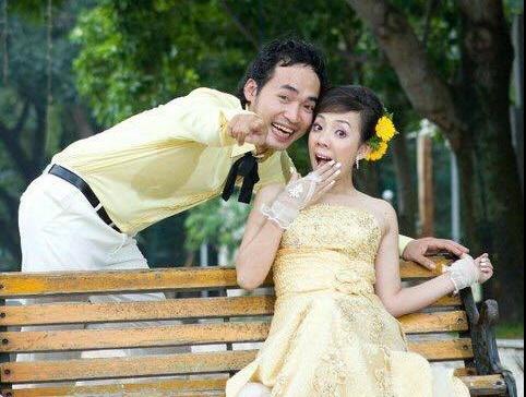 Đám cưới Thu Trang, Tiến Luật 9 năm trước: Phát sinh 15 bàn, người dân bỏ hết việc dự tiệc - 1