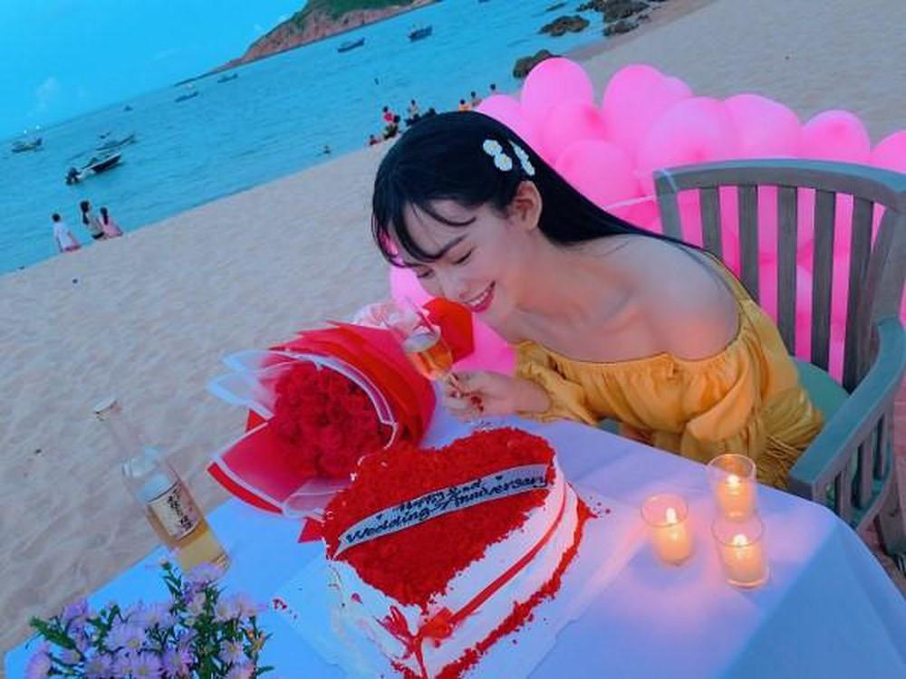 Quà Valentine của hoa, á hậu Việt: Nhẫn kim cương, túi hiệu, hoa hồng - 3