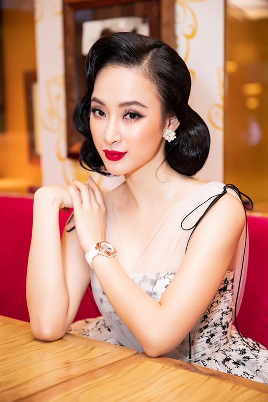 Kiểu trang điểm bị chê già nua để cố nổi bật của Angela Phương Trinh - 7