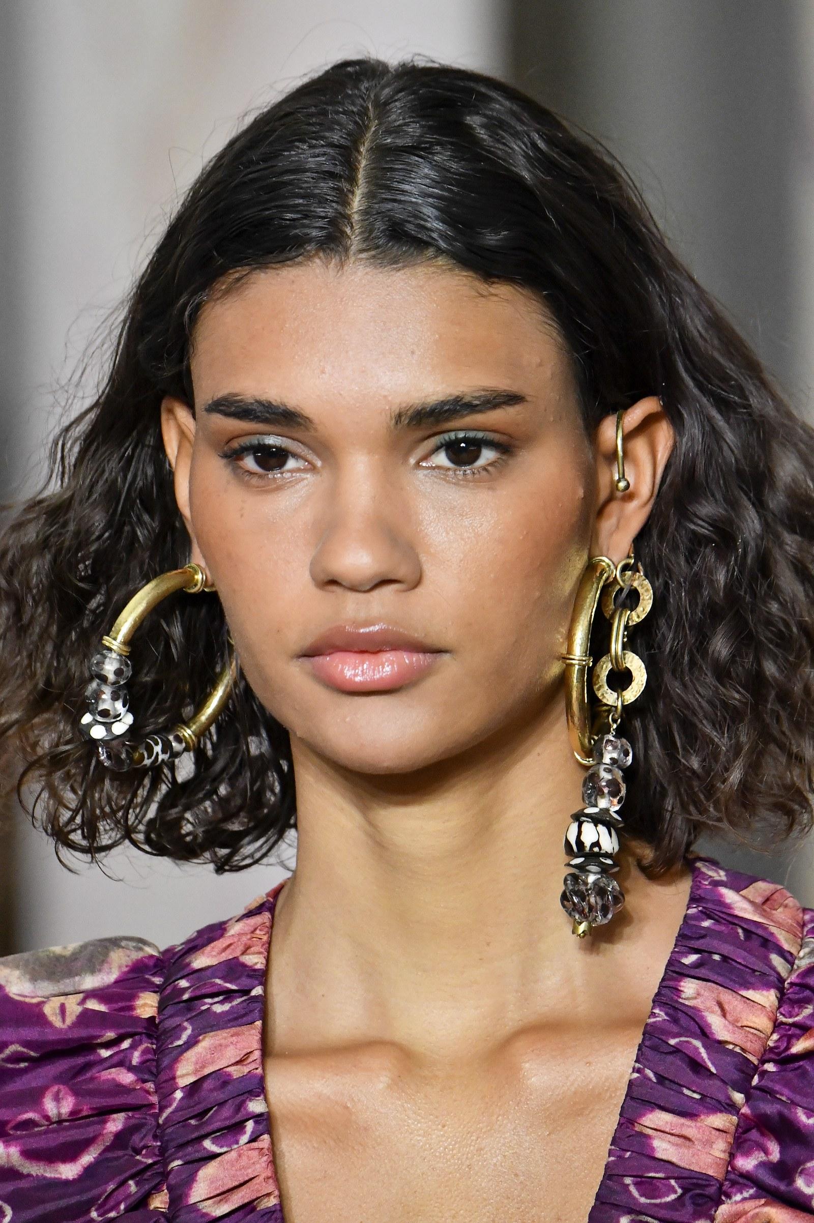 5 lối trang điểm được lăng xê ở New York Fashion Week 2020 - 2