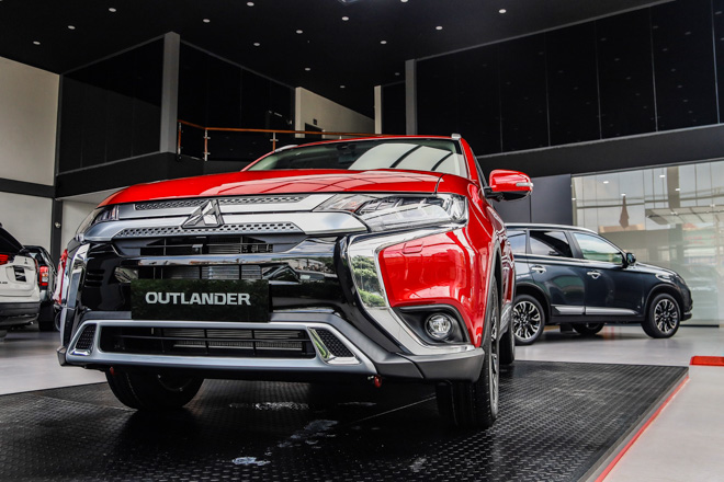 2020 Mitsubishi Outlander launched in Vietnam, priced from VND 825 million