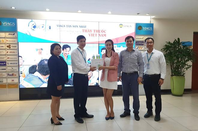 Lá House cung cấp Gel rửa tay sạch khuẩn cho cán bộ CNV Công ty dịch vụ mặt đất Sân bay Việt Nam VIAGS Tân Sơn Nhất - 1