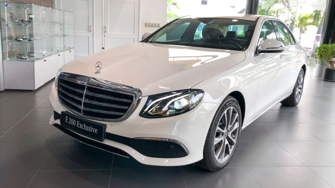 Exclusive Mercedes-Benz E200 Exclusive price of 2.29 billion VND has just been launched in Vietnam