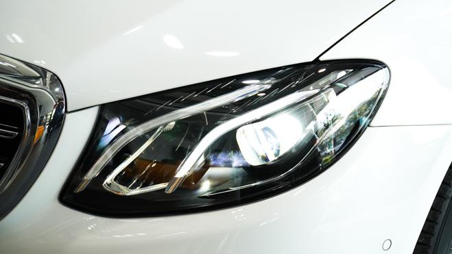 Mercedes-Benz E200 Exclusive giá 2,29 tỷ đồng vừa ra mắt tại Việt Nam - 8