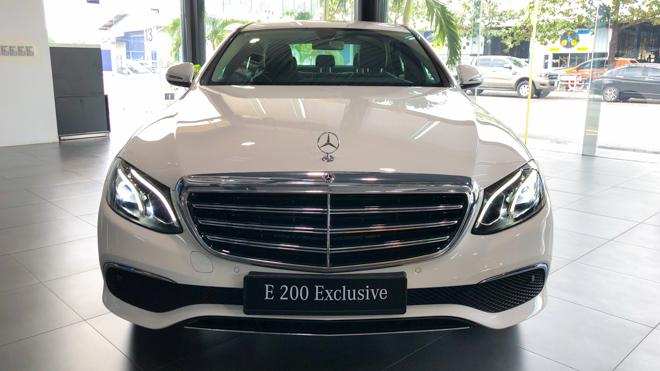 Mercedes-Benz E200 Exclusive giá 2,29 tỷ đồng vừa ra mắt tại Việt Nam - 2