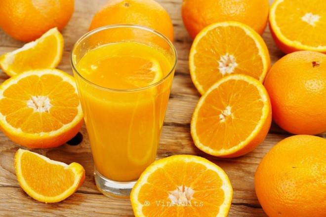 """4 tác dụng phụ đáng sợ khi ăn cam sai cách, chuyên gia chỉ ra ăn cam cũng cần phải """"kỹ thuật"""" - 1"""