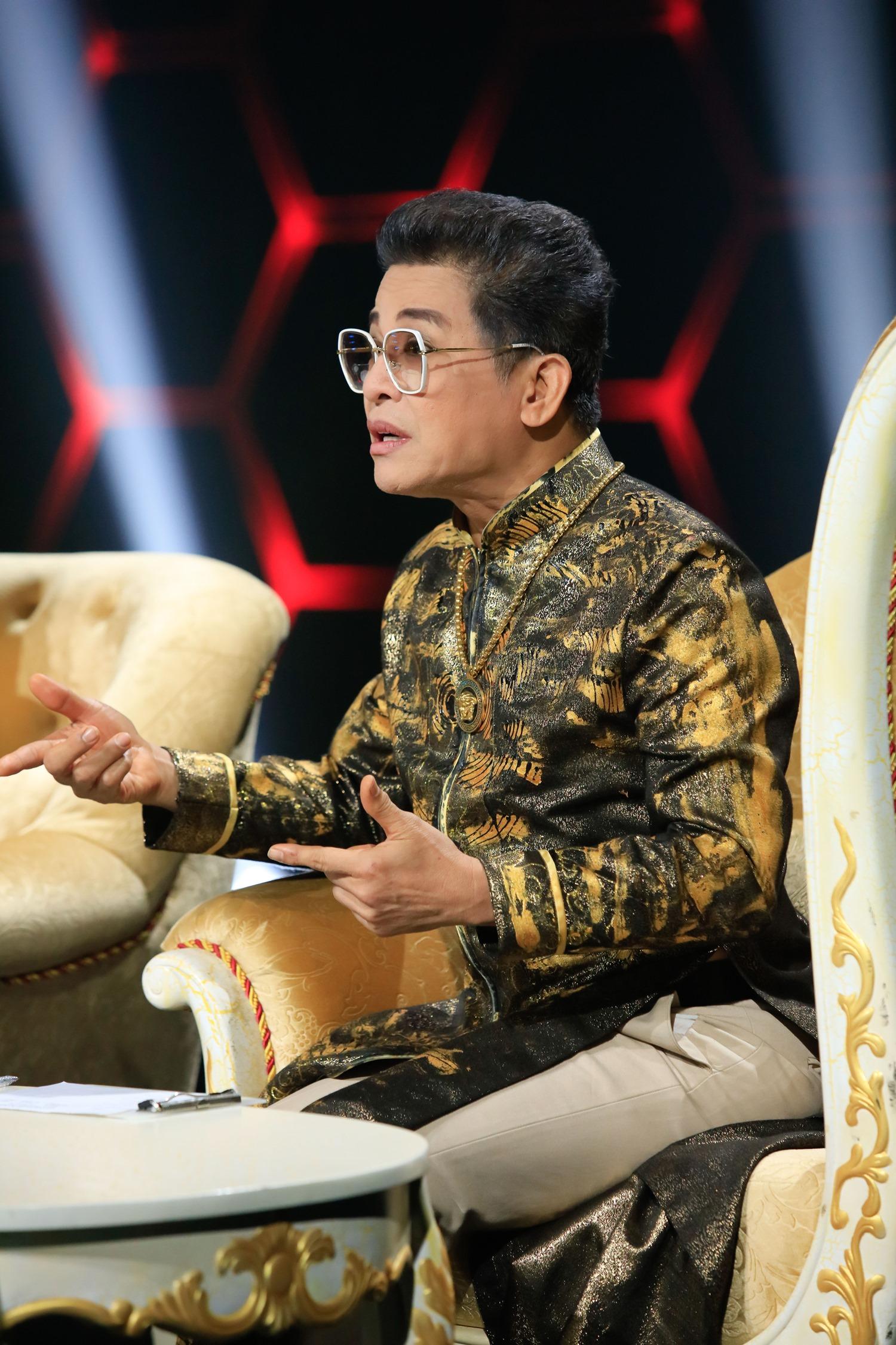 """Việt Hương """"đá xéo"""" vì MC Thanh Bạch """"ăn gian"""" trên sóng truyền hình - 2"""