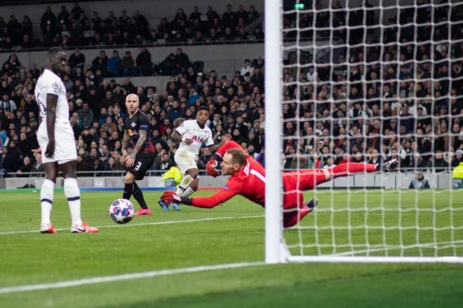 """Rực lửa vòng 1/8 Cúp C1: Mourinho """"cạn lời"""" với trò cưng, ngựa ô Italia sải bước - 2"""