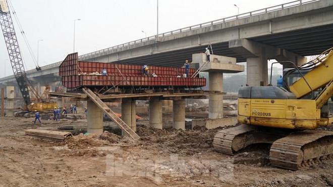 Cận cảnh công trình cầu vượt hồ Linh Đàm xóa điểm ùn tắc lớn nhất Hà Nội - 7