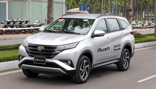 Toyota Rush giảm giá 30 triệu đồng cạnh tranh với Xpander và Ertiga - 3
