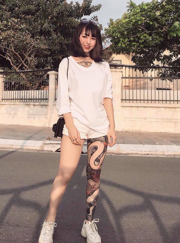 Người đẹp Hà Nội có hình xăm hổ lớn quen với việc ra đường là bị chỉ trỏ - 1