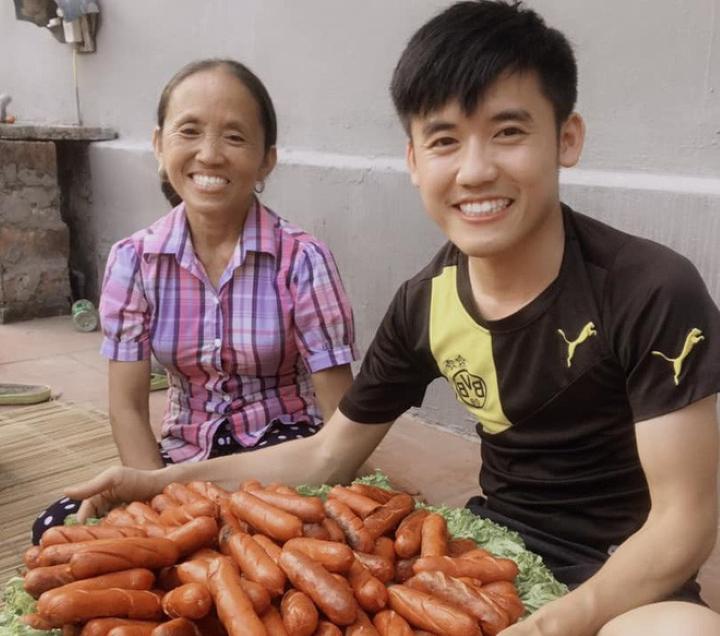 Các YouTuber Việt thu nhập khủng từ hàng trăm triệu đến tiền tỷ mỗi tháng là ai? - 6