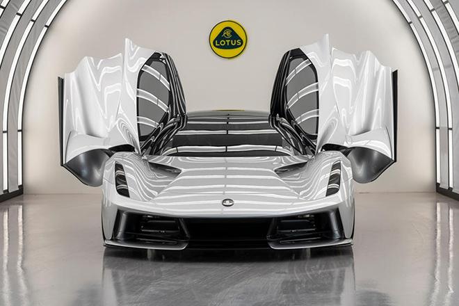 Siêu xe điện mạnh nhất thế giới với 1.972 mã lực, giá bán 2,2 triệu USD - 1