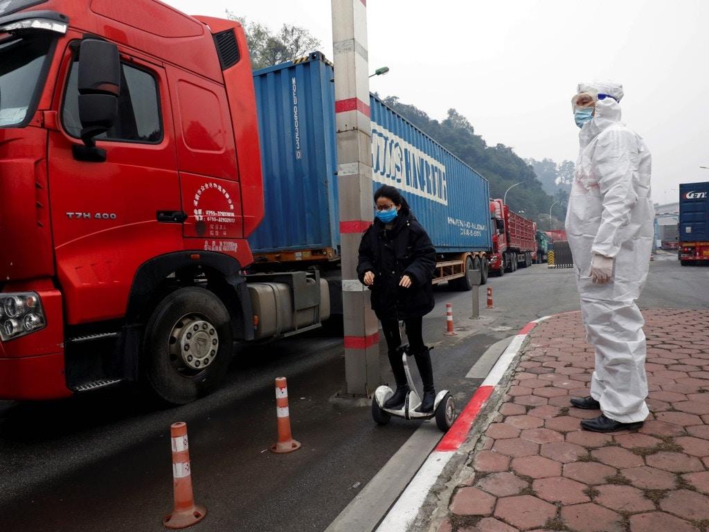 Báo nước ngoài viết về chống dịch Covid-19 tại Việt Nam - 2