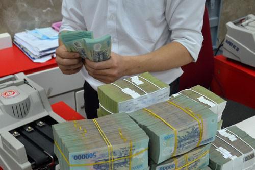 Vì sao doanh nghiệp Việt thích vay ngân hàng, ngại phát hành trái phiếu? - 1