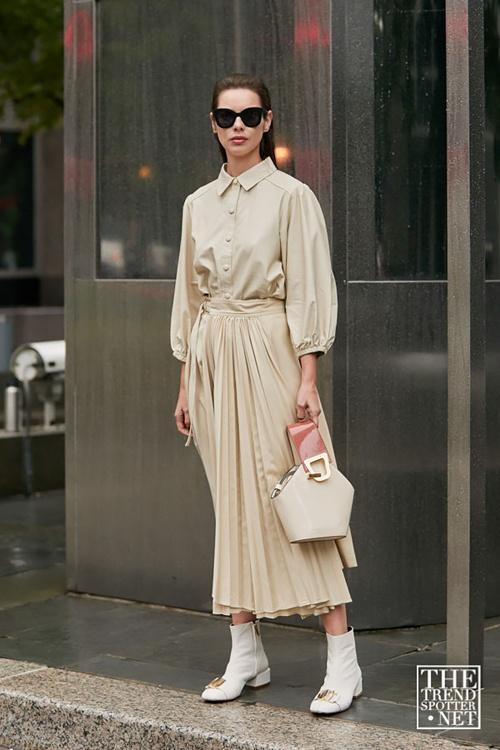 5 lỗi trang phục khiến quý cô công sở kém tự tin, năng động - 7