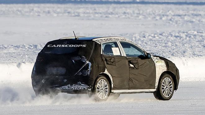 Hyundai chạy thử dòng xe Kona facelift trên đường thử tuyết - 2