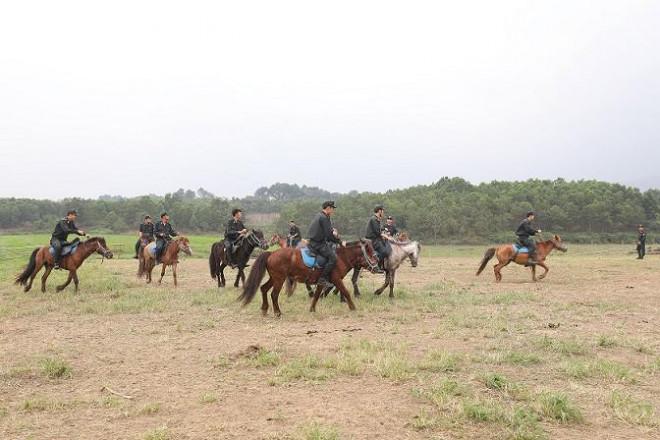 Bộ trưởng Tô Lâm: Việc ra mắt lực lượng Kỵ binh CSCĐ thời gian tới rất cần thiết - 3