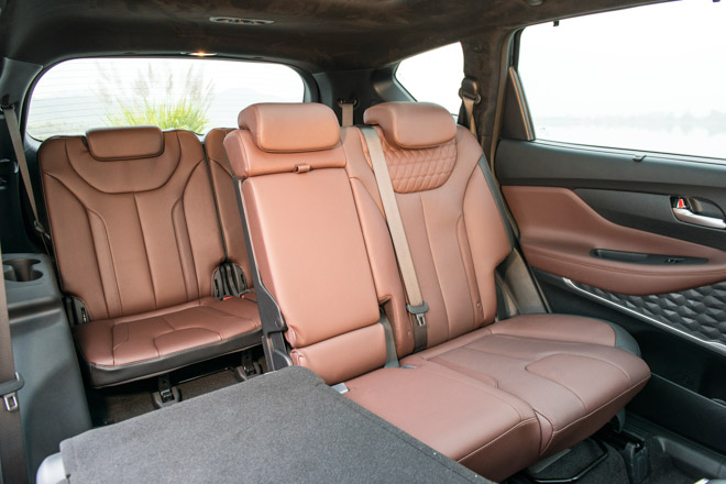 Hyundai Santa Fe giảm giá 30 triệu phiên bản Premium máy dầu - 8