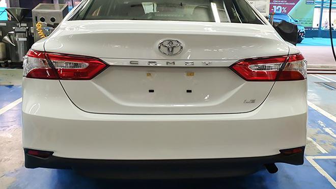 Ngắm Toyota Camry 2020 của lực lượng CSGT Việt Nam - 9