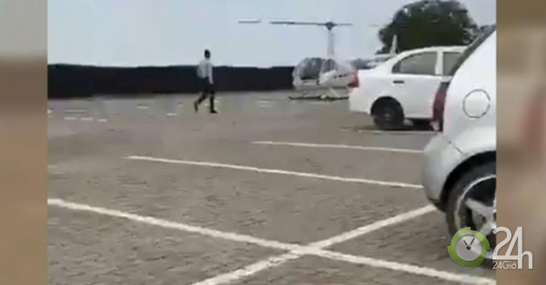 Học sinh chơi lớn, nhờ phụ huynh lái trực thăng mang cặp sách cho mình ngay tại trường