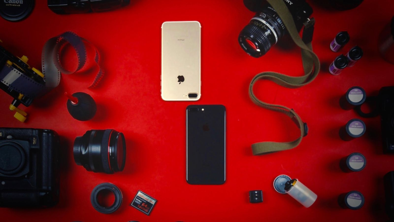Đây là 2 mẫu iPhone tuyệt vời cho các iFan thích thiết kế cũ - 4
