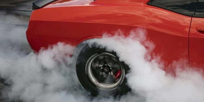 Phanh và lốp xe ôtô gây ô nhiễm gấp 1000 lần khí thải - 1