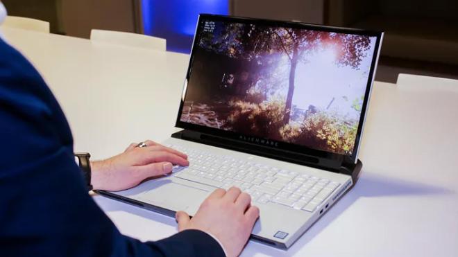 """Điểm danh laptop chơi game """"đỉnh"""" nhất năm nay - 9"""
