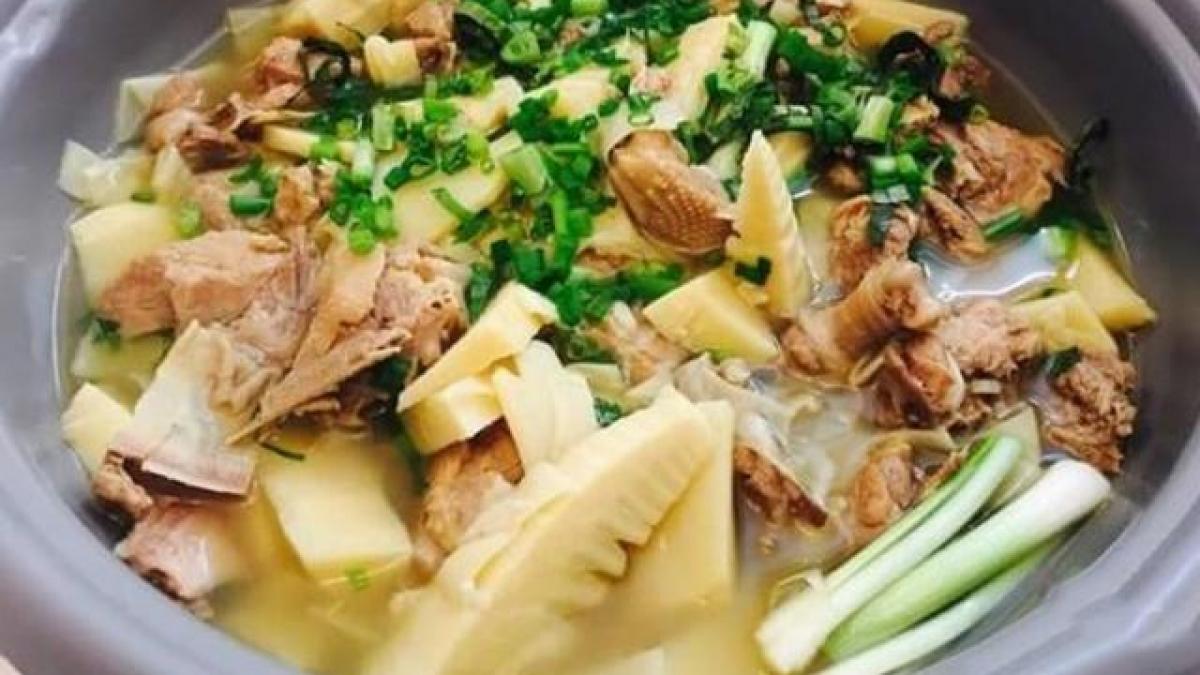 Vịt nấu măng cực ngon với cách làm đơn giản tại nhà