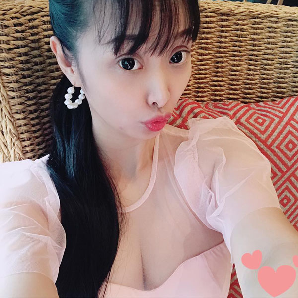 Lê Kiều Như chuộng style quyến rũ ở tuổi U40 - 4