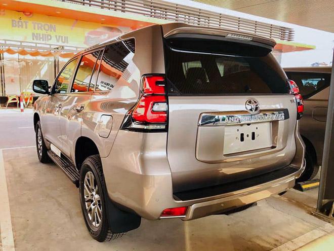 Chi tiết Toyota Land Cruiser Prado 2020 tại Việt Nam - 2
