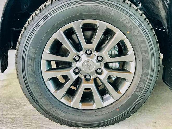 Chi tiết Toyota Land Cruiser Prado 2020 tại Việt Nam - 5