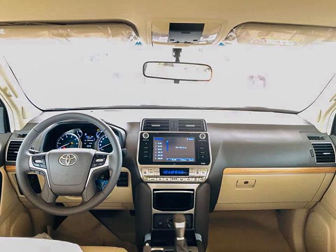Chi tiết Toyota Land Cruiser Prado 2020 tại Việt Nam - 7