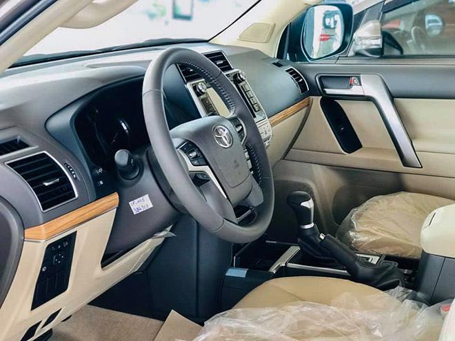 Chi tiết Toyota Land Cruiser Prado 2020 tại Việt Nam - 6