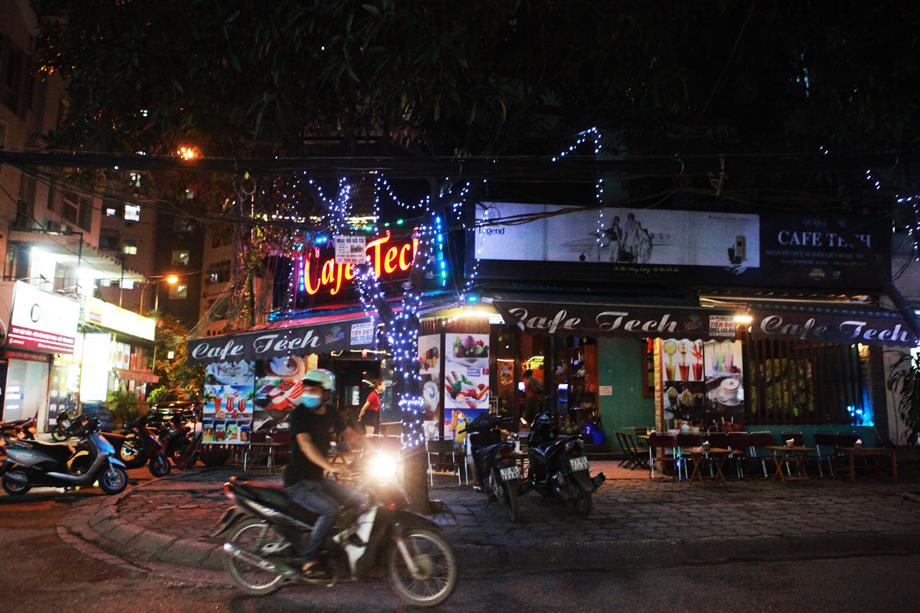 Hình ảnh quán cà phê ở Hà Nội sau yêu cầu đóng cửa của Chủ tịch thành phố - 8