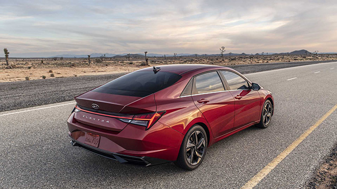 Chi tiết các trang bị mới trên Hyundai Elantra 2021 vừa ra mắt - 2