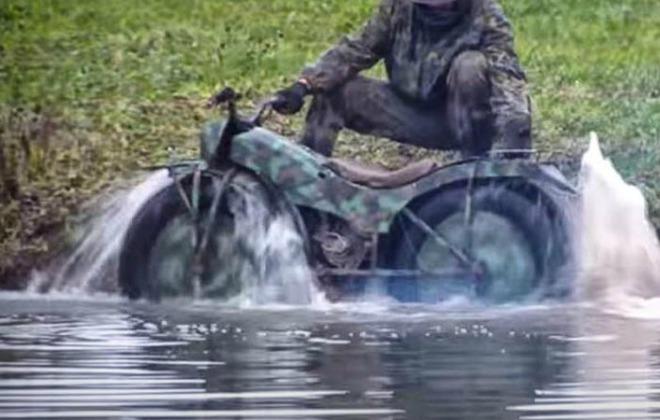 """Xe quân sự """"ma thuật"""" của Nga, leo nhà tầng, chạy sình lầy cực ngầu - 2"""