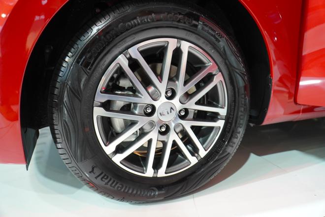 KIA Soluto thêm phiên bản cao cấp giá 499 triệu, cạnh tranh Mitsubishi Attrage - 5
