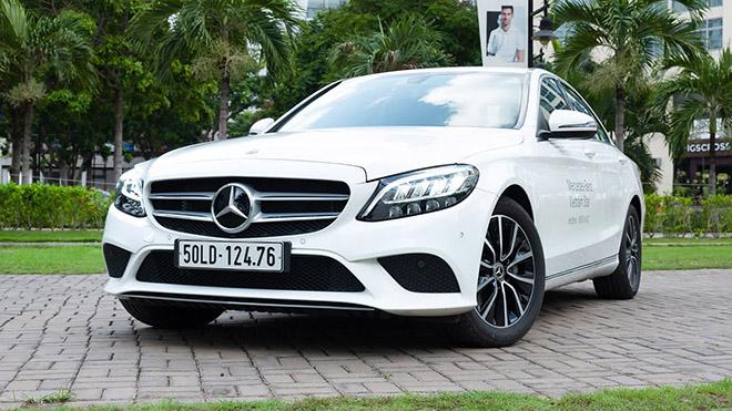 Mercedes-Benz C-Class giảm giá tới 100 triệu đồng - 3