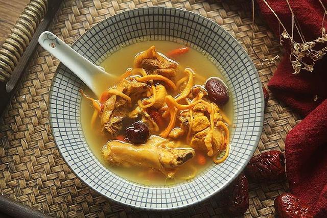 Không chỉ là món súp gà thông thường, cách nấu này sẽ là một bài thuốc tăng cường sức khỏe - 6