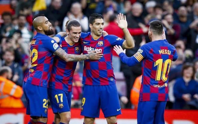 Messi bị giảm 50% lương: Barca hưởng lợi quá lớn, sự công bằng mập mờ - 2